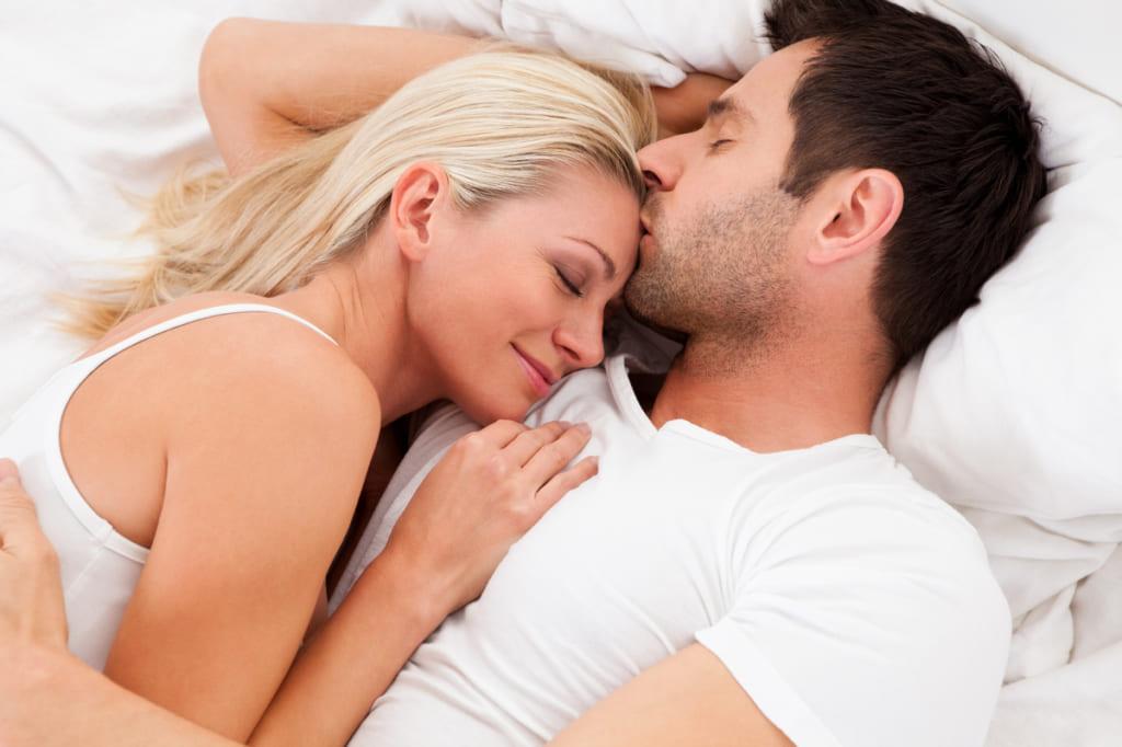 Đàn ông thích phụ nữ như thế nào trên giường